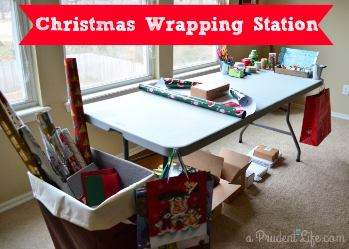Christmas Wrapping Station Feature