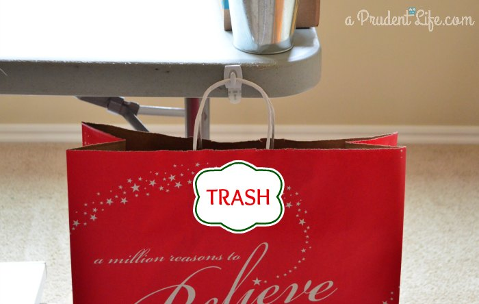 Wrapping Station - Trash