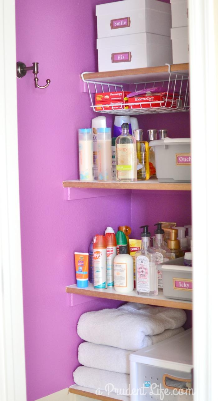 Organized_Closet_Left