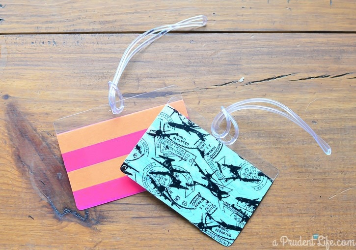 These 5 minute luggage tags would make great gifts!