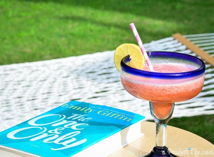 Grown Up Lemon Berry Slush Recipe #drinkrecipe #cocktail