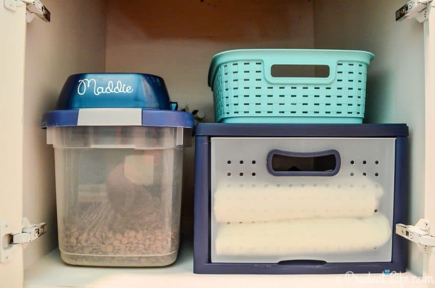 Great tips for organizing pet supplies!