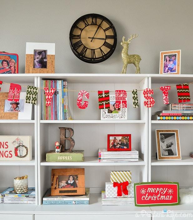 Christmas Bookcase Decor