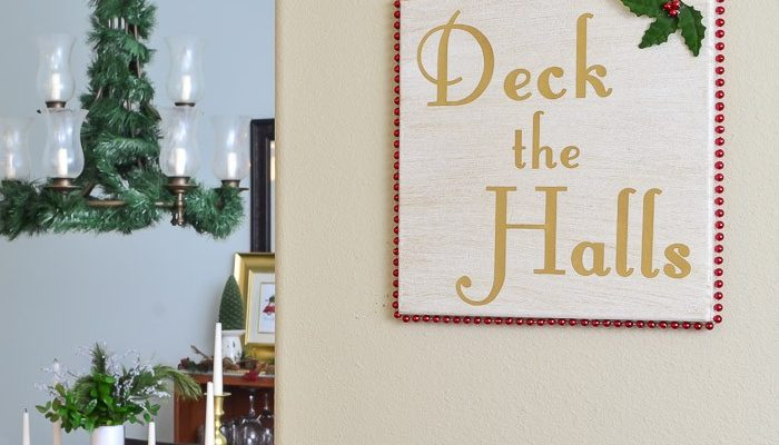 Deck the Halls with DIY Art {10 Holiday Song Inspired Projects}