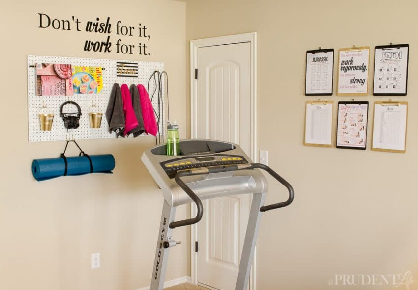 Organized home gym {how to turn a corner to a mini gym} polished