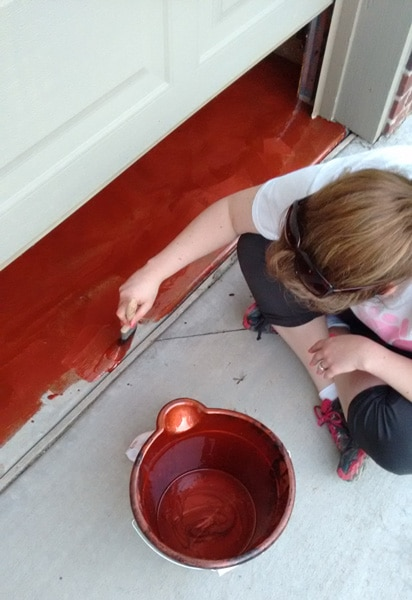 Coating the garage floor with the Rust-Oleum RockSolid Metallic Copper Pot System
