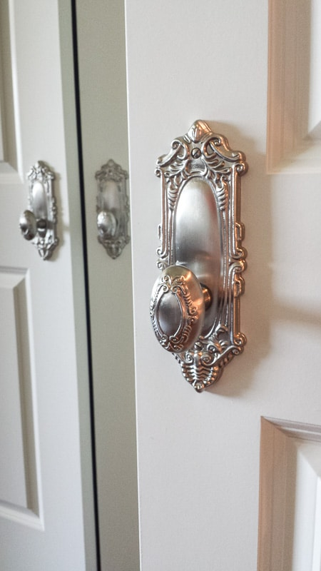 I think these may be the most gorgeous door knobs I've ever seen.