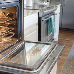 Oven door after glass clean