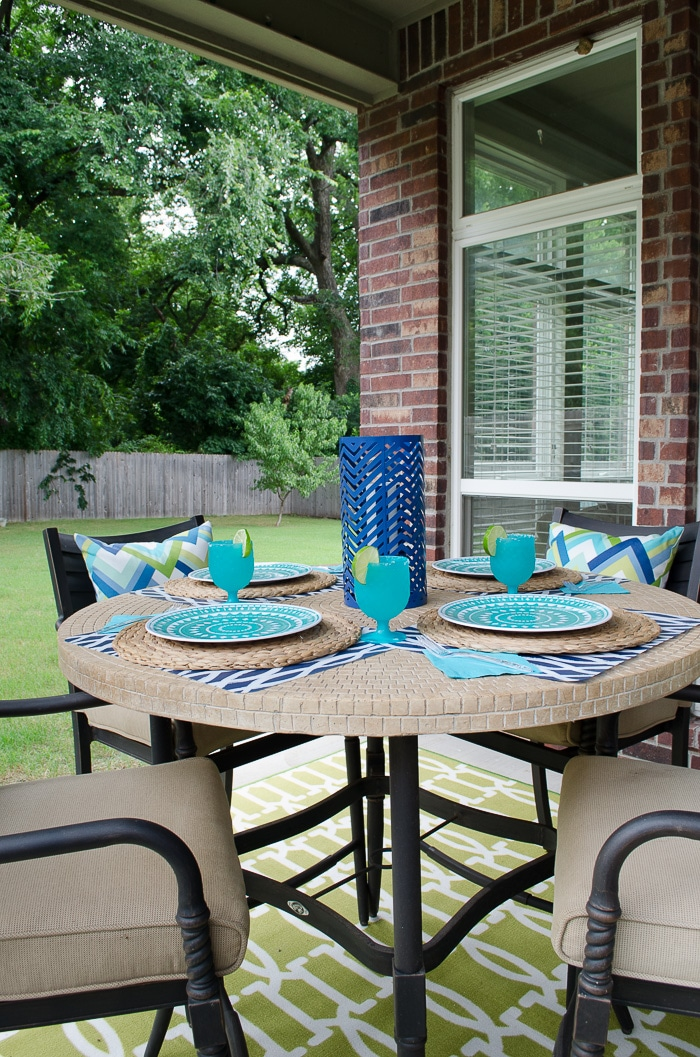 Teal and Navy Outdoor Place Settings
