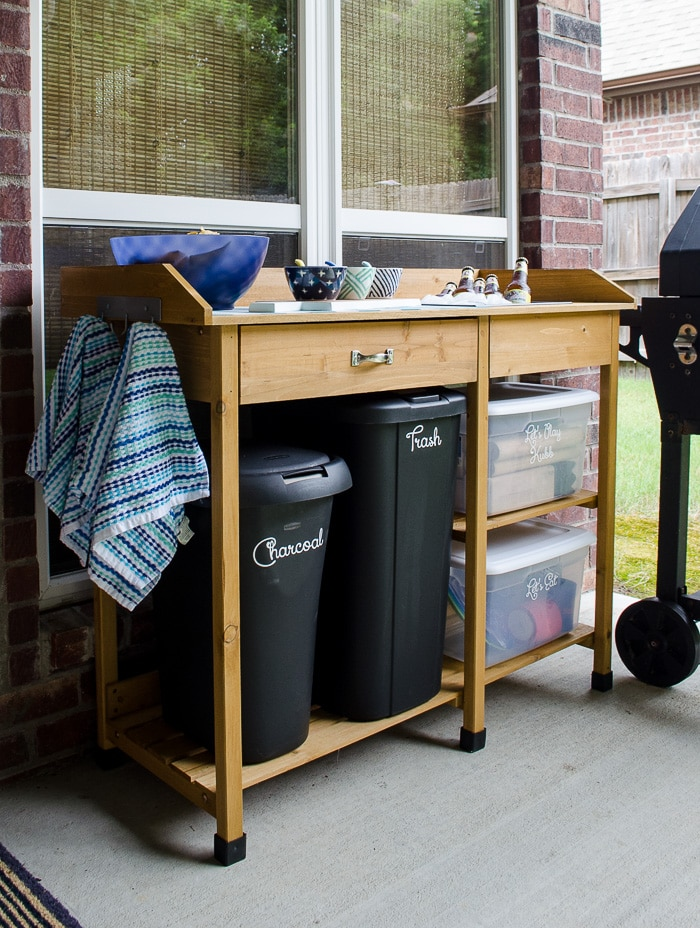 Need storage and serving space on the patio? I love this affordable option!