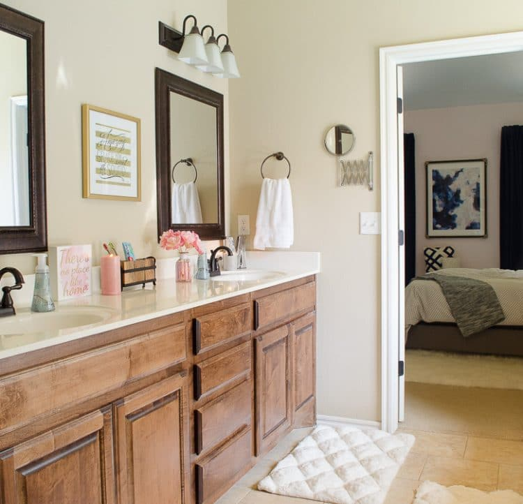 Glam Farmhouse Bathroom - Click to see the whole space and how is it organized.