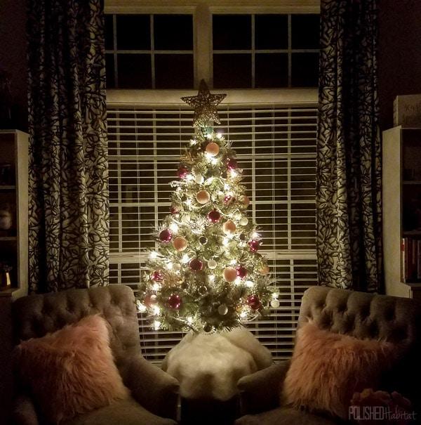christmas-tree-office