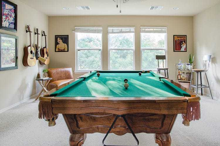 Game Room Decor Ideas - Pool Table