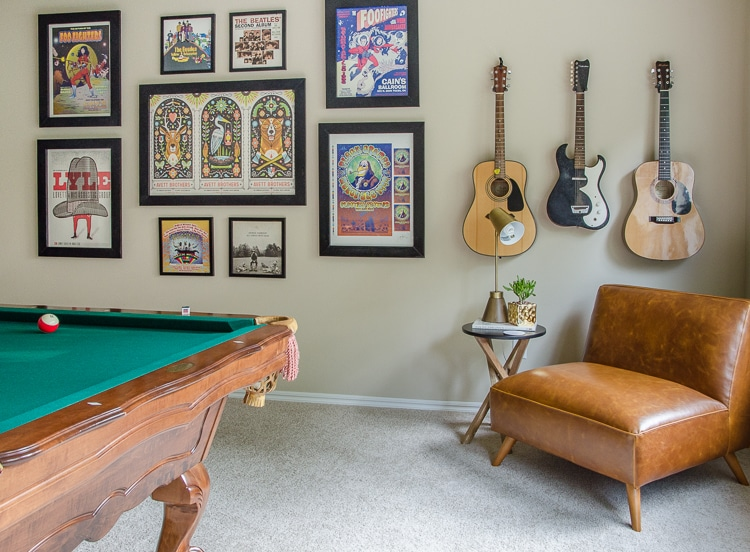 Decorating a Game Room - Ideas with a Pool Table