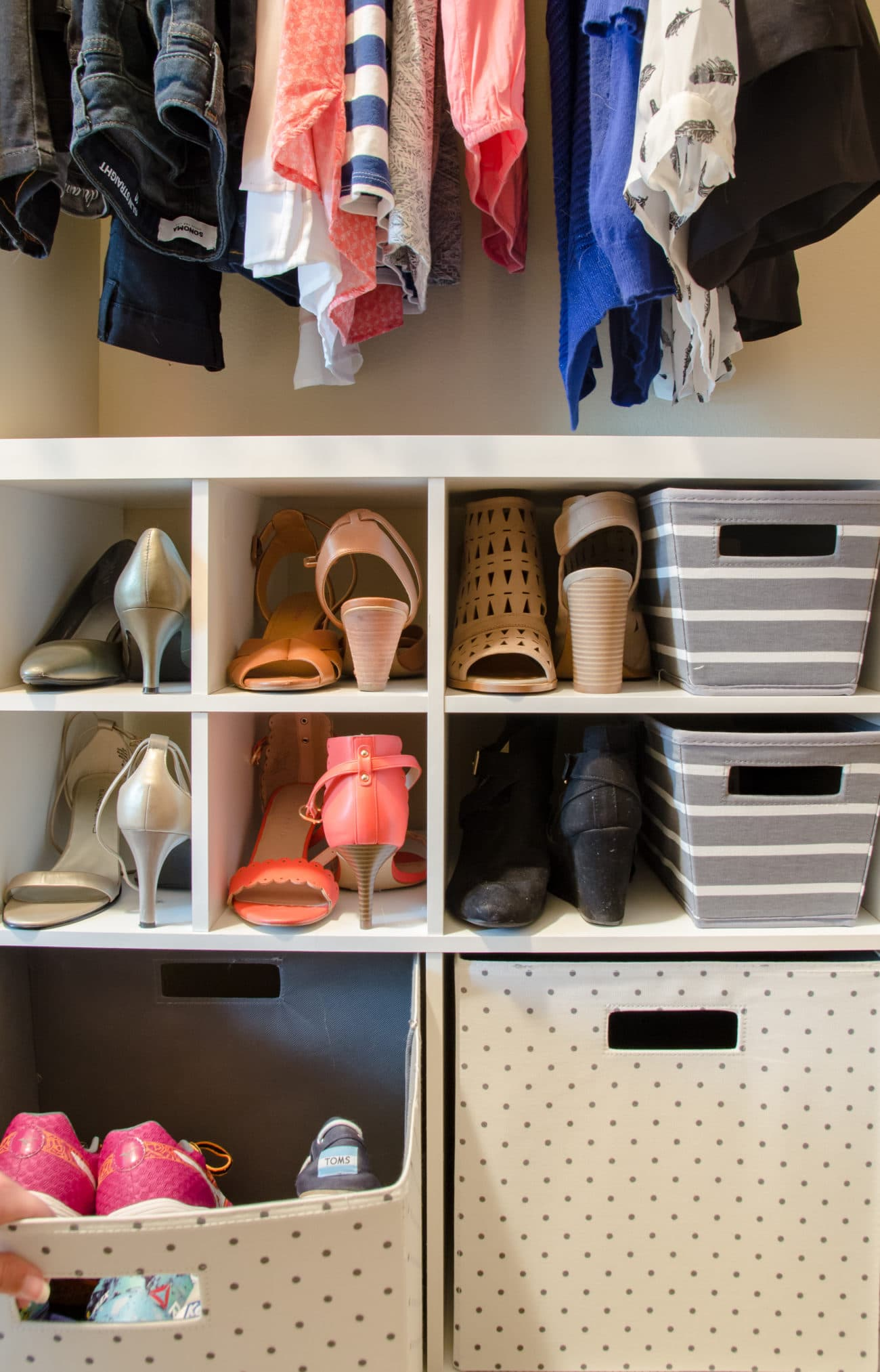 Fast Fixes For a Small Clothes Closets {Rental Friendly}