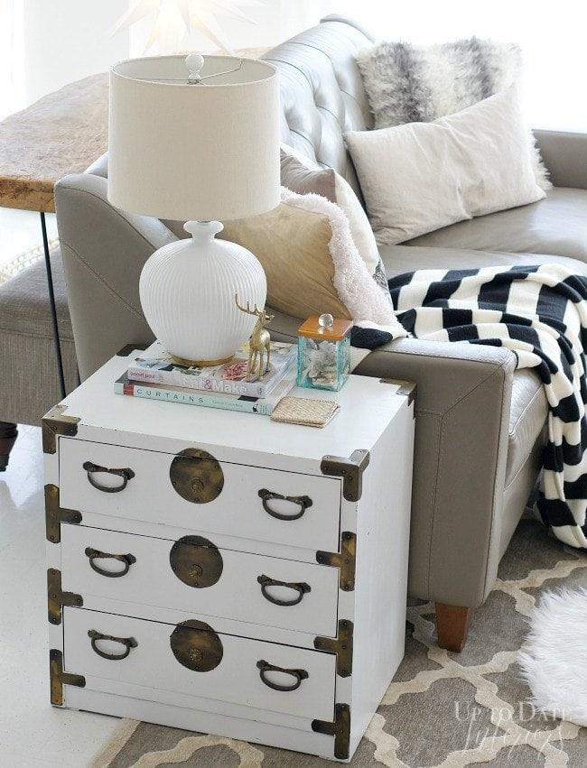 pretty-storage-chest-sofa-table-ph