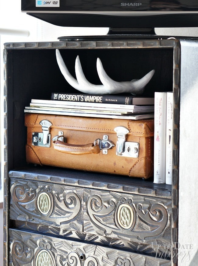 pretty-storage-small-luggage-ph