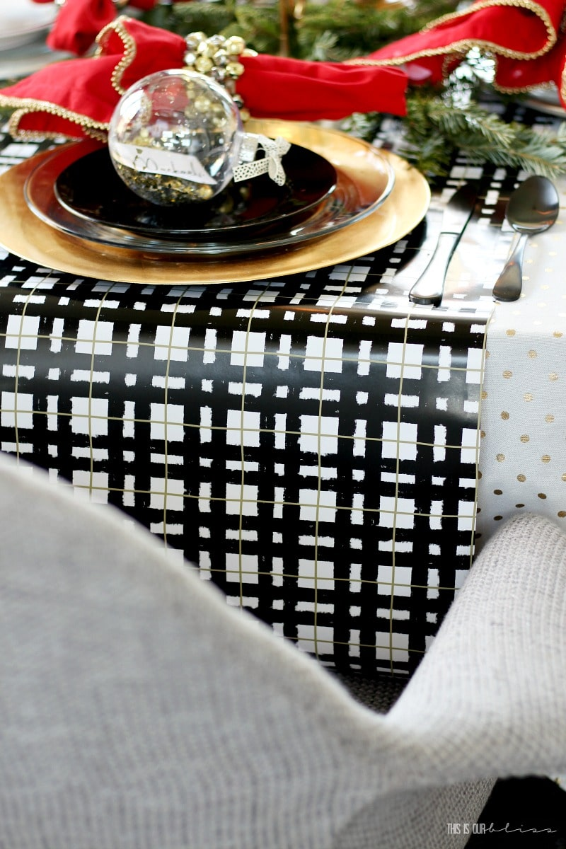 How to Create a Luxe for Less Christmas Table - 6 Money-saving tips for a beautiful holiday table!