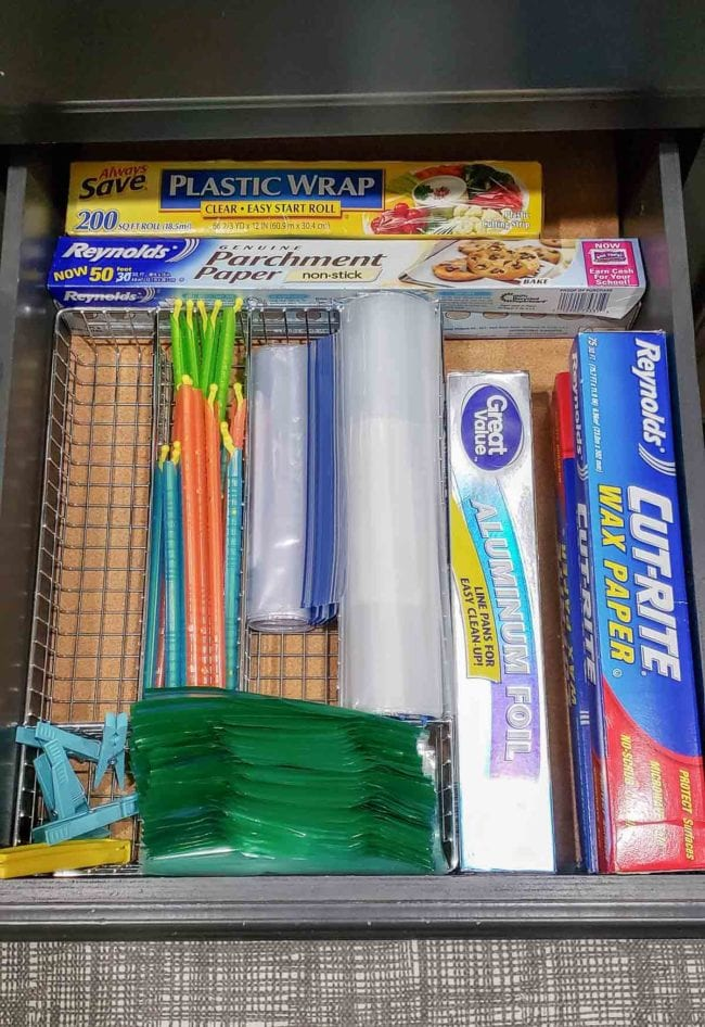 Organized Kitchen Drawer - baggies, foil, plastic wrap