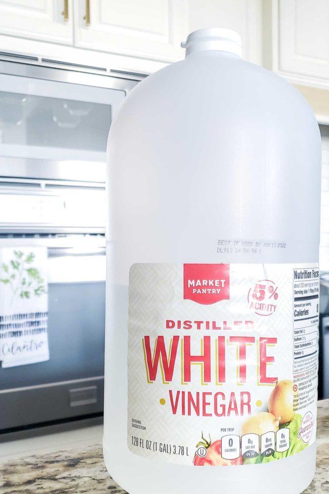 White vinegar on counter